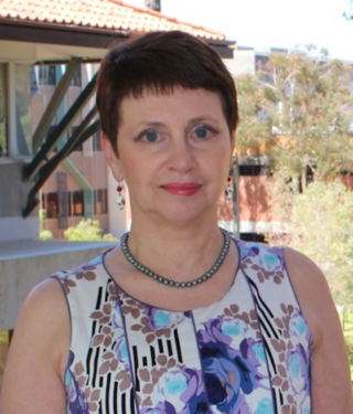 Dr Sabine Tan